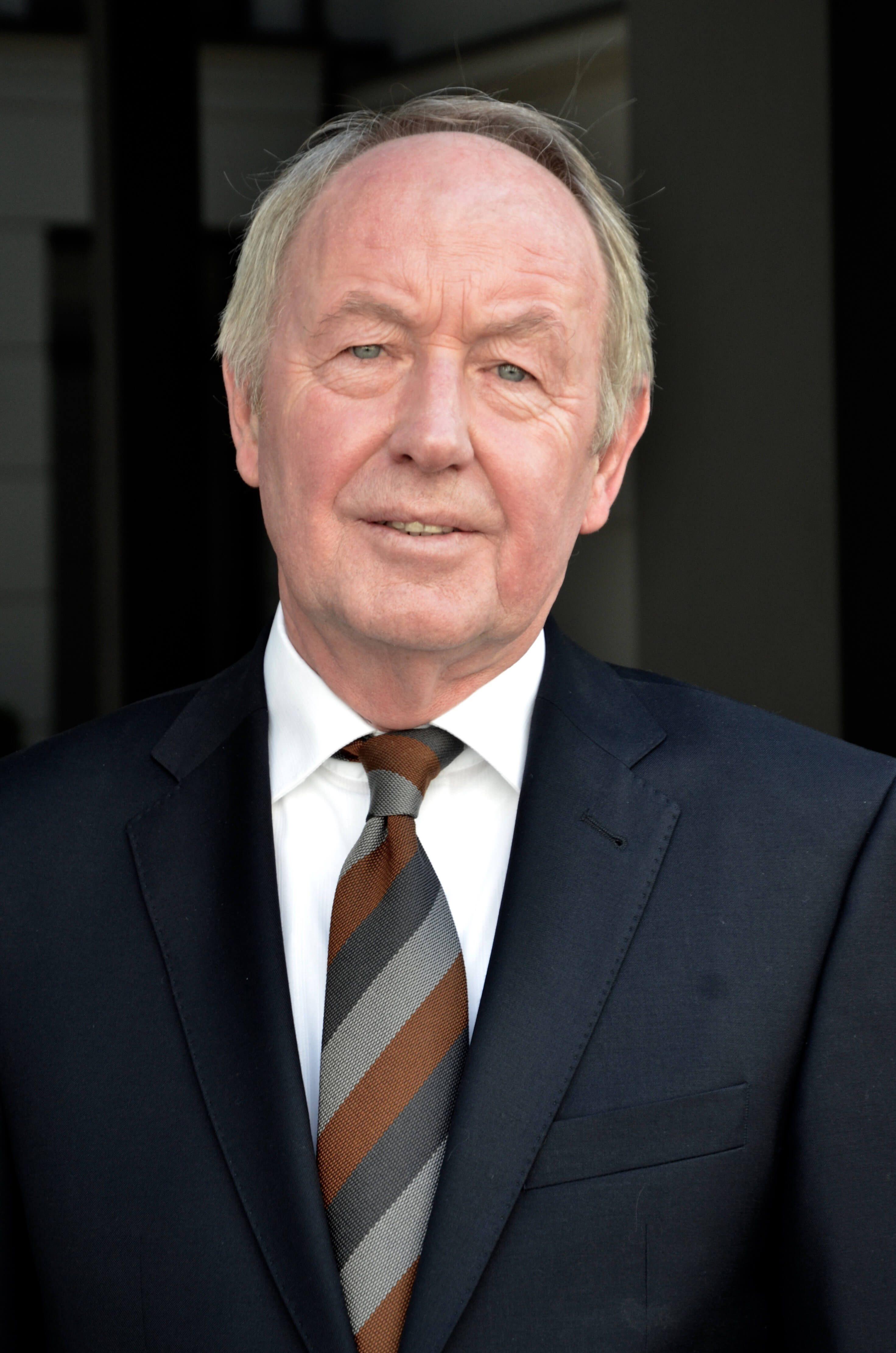 Dr. Hans-Georg Kempfert